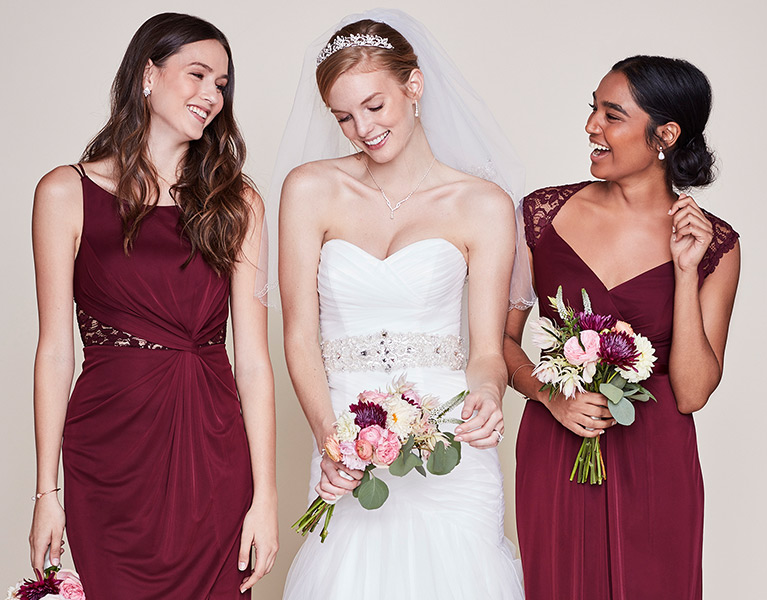 Bride with 2 bridesmaids